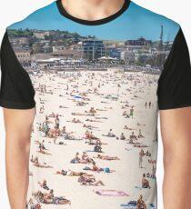 Bondi Beach sun worshippers Graphic T-Shirt