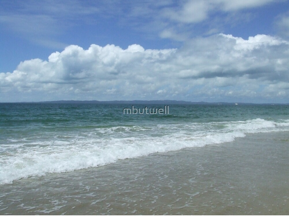 Surf Side of Bribie Island by mbutwell