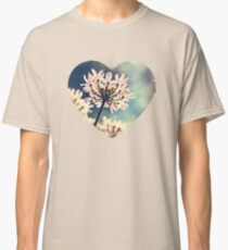 Queen Annes Lace flowers Classic T-Shirt