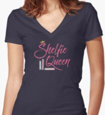 Booklover Shelfie Queen Women's Fitted V-Neck T-Shirt