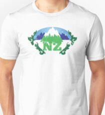 NZ New Zealand mountains distressed version T-Shirt