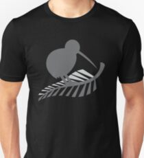 Kiwi Bird and a Silver fern New Zealand  Unisex T-Shirt