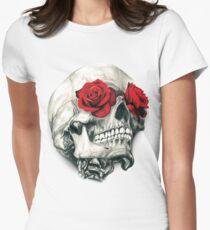 Rosen-Augen-Schädel Tailliertes T-Shirt