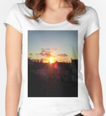 Suburb Sunset Women's Fitted Scoop T-Shirt