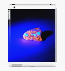 Lightsaber Crystal (STARWARS) iPad Case/Skin