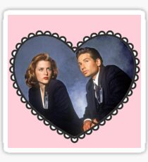 mulder and scully heart Sticker