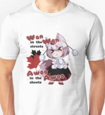 Wan Wan in the streets, Awoo Awoo in the sheets T-Shirt