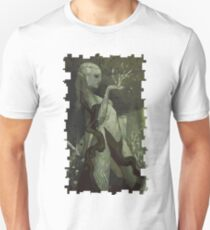 Female Elf Tarot Card T-Shirt