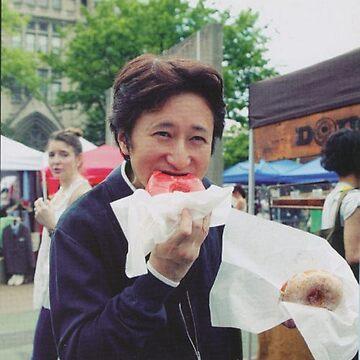 Araki eating a donut by JohnnyWoodBoy