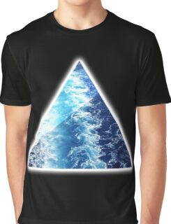 Sea  Triangle Graphic T-Shirt