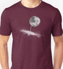 Luna Finds A Drink Unisex T-Shirt