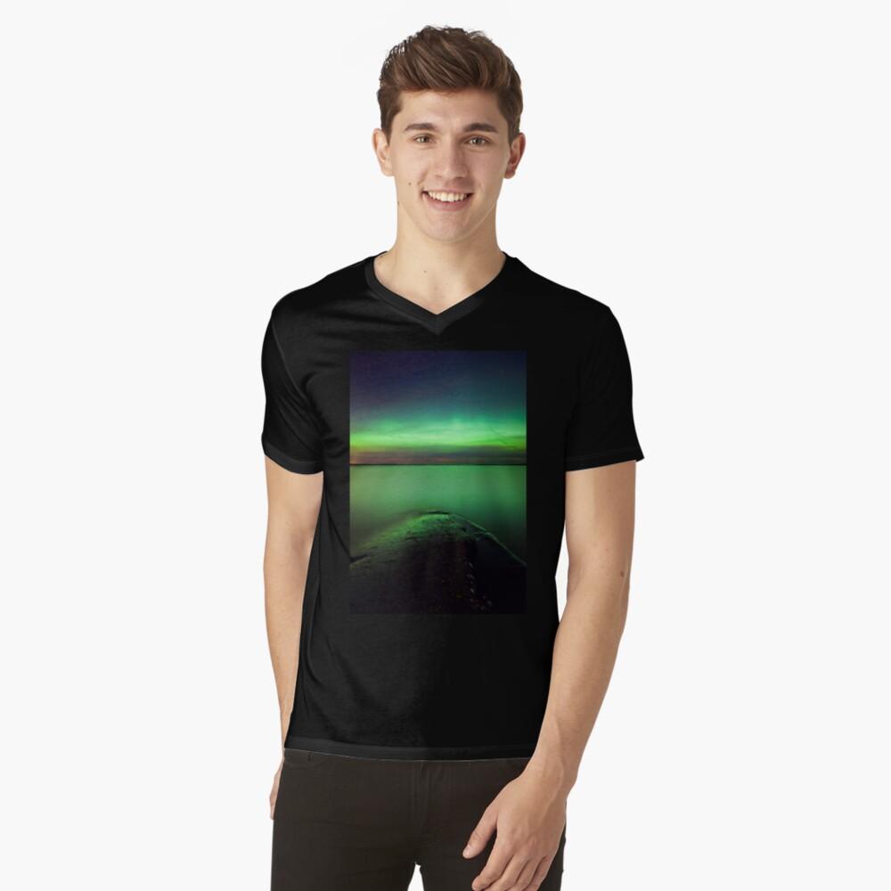 Northern lights glow over lake V-Neck T-Shirt