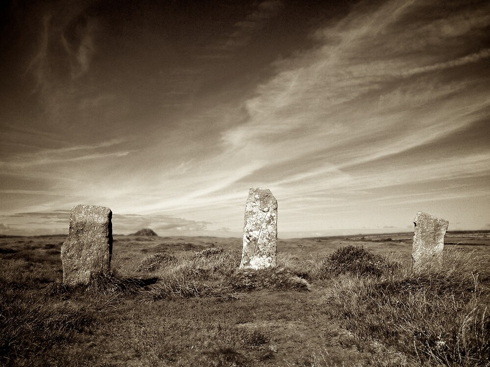 Nine Maidens of Boskednan, Cornwall by Barnaby Edwards