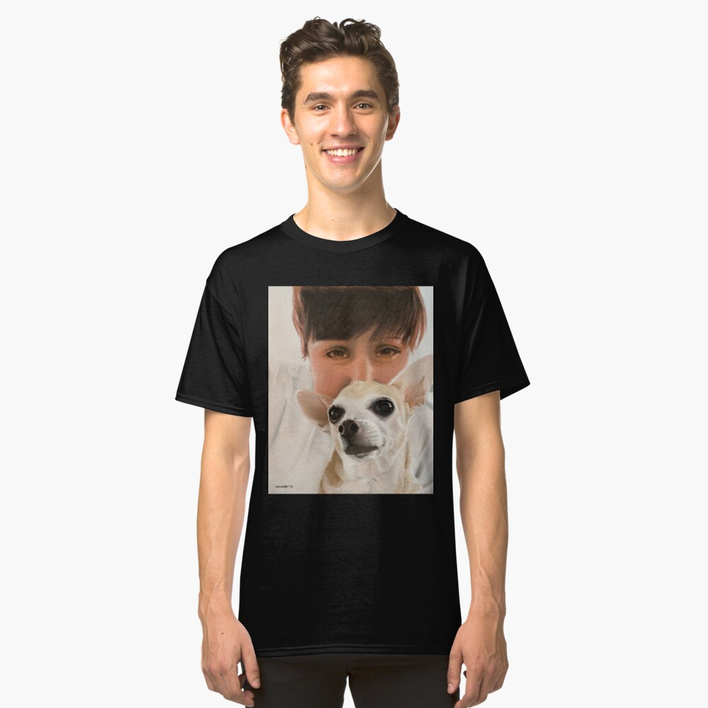 Max the adorable Chihuahua Classic T-Shirt Front