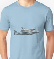 Space shuttle on 747 Unisex T-Shirt