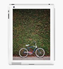 Cruiser & Wall iPad Case/Skin
