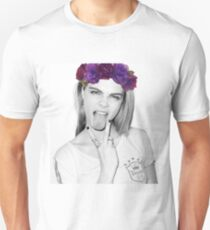 Queen Cara Unisex T-Shirt