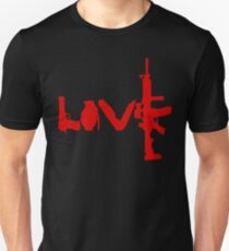 Love weapons - version 3 - red T-Shirt
