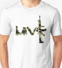Love weapons - version 4 - camouflage T-Shirt