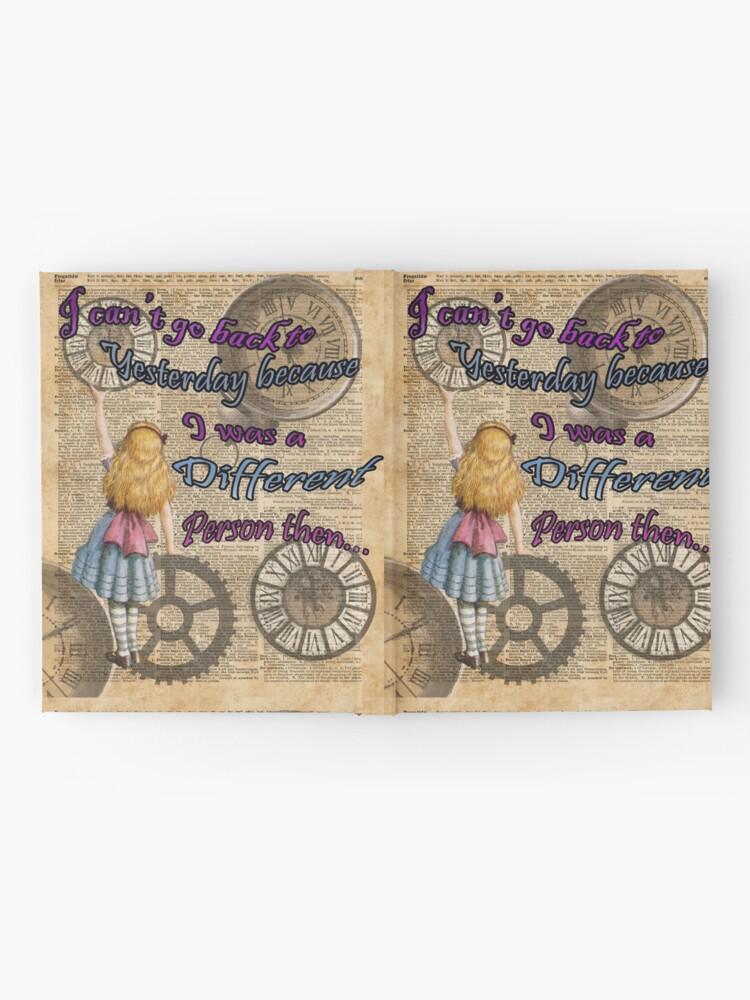Vista alternativa de Cuaderno de tapa dura Alicia en el país de las maravillas viajando en el tiempo