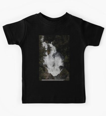 Wonderful Wide Waterfall - NZ  Kids Clothes