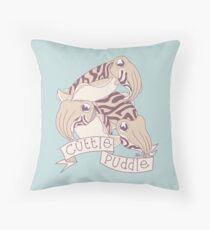 Cuttle puddle Throw Pillow