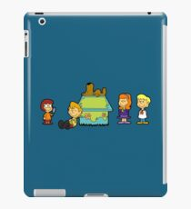 Shaggy Brown and The Scooby Crew  iPad Case/Skin