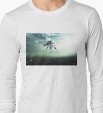 Gundam Wing above the city  T-Shirt