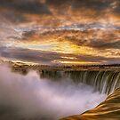 Niagara Falls by (Tallow) Dave  Van de Laar