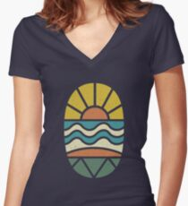 Lass uns surfen gehen Tailliertes T-Shirt mit V-Ausschnitt