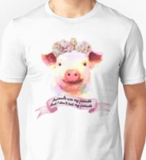 Pigs are my friends, and I don't eat my friends T-Shirt