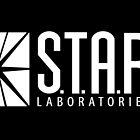« star labs » par Annabel Davies