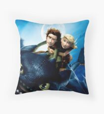 How To Train Your Dragon 7 Throw Pillow