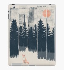 A Fox in the Wild... iPad Case/Skin
