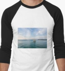 Sailing Away Men's Baseball ¾ T-Shirt