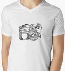 Canon Canonet QL17 GIII Rangefiner Camera Men's V-Neck T-Shirt