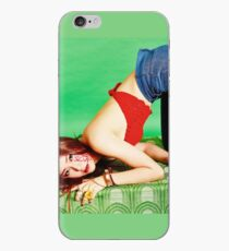 Krystal F (X) 4 Wände iPhone-Hülle & Cover
