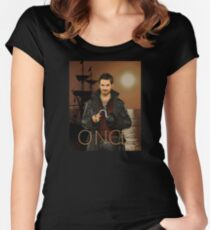 """Captain Hook Comic Poster """"Sunset"""" Women's Fitted Scoop T-Shirt"""
