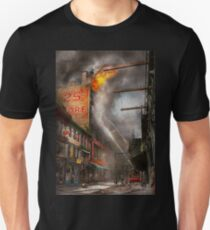 Fireman - New York NY - Show me a sign 1916 T-Shirt