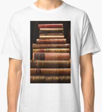 Seltene antike Bücher Classic T-Shirt
