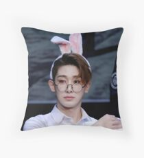 Bunny eared wonho Throw Pillow