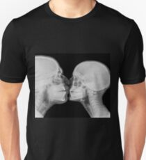 Kissing Couple. Two people kissing under x-ray  T-Shirt