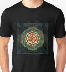 Maha Lakshmi (Laxmi) Mantra & Shri Yantra - Wealth Giving Unisex T-Shirt