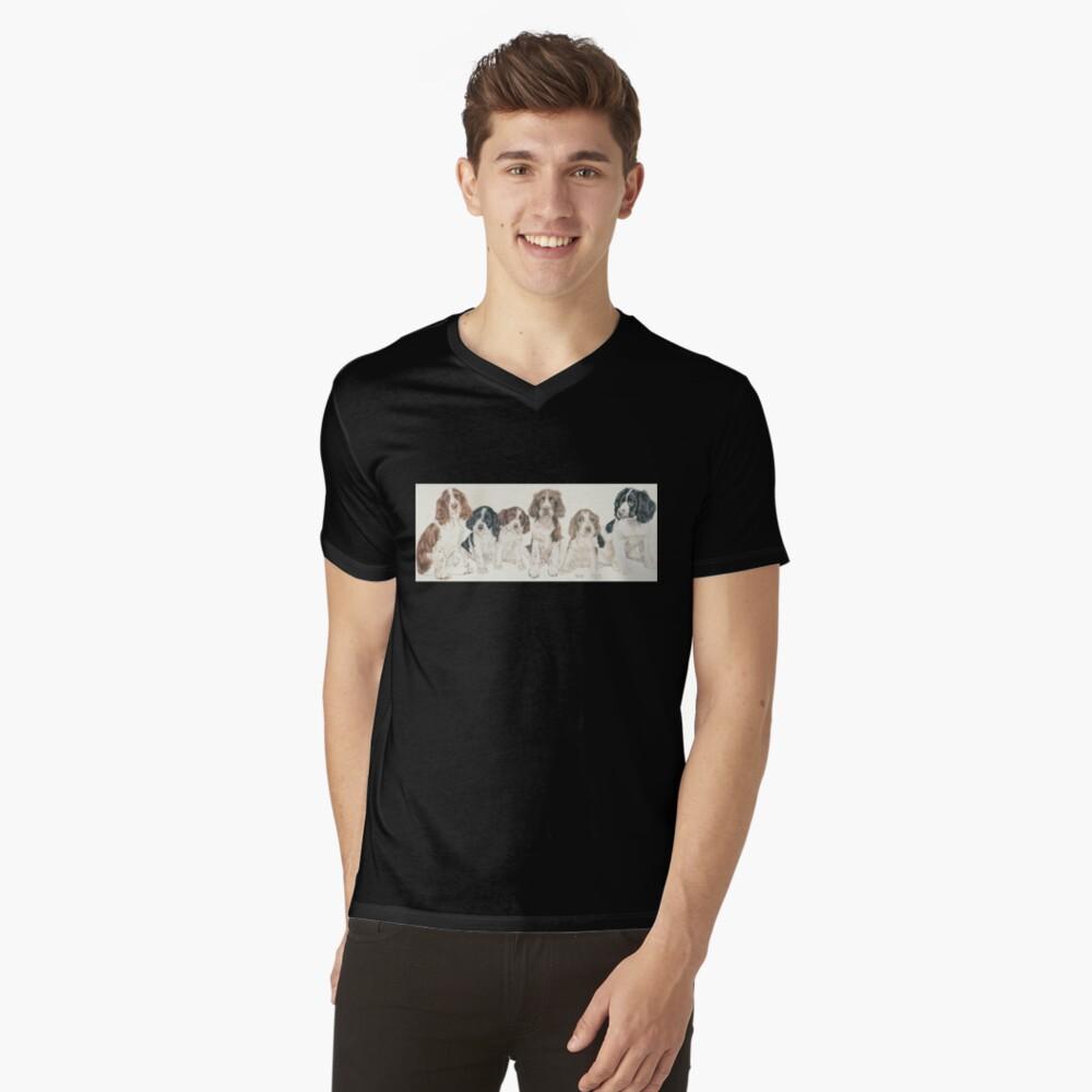 English Springer Spaniel Puppies V-Neck T-Shirt