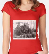 Unpublished 06 (n&b)(t) Non-commissioned officers of the Battery 1915  photographs ever published 1914-1918 war photos and Tribute to my 2 great Uncles Clerté-Fayolle and Eugéne Pellafol died in 1915  Women's Fitted Scoop T-Shirt