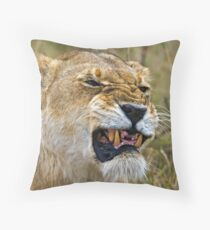 Lion's Mimic Throw Pillow