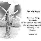 Bibelvers mit Bleistiftzeichnung: Römer 8:28 von Joyce Geleynse
