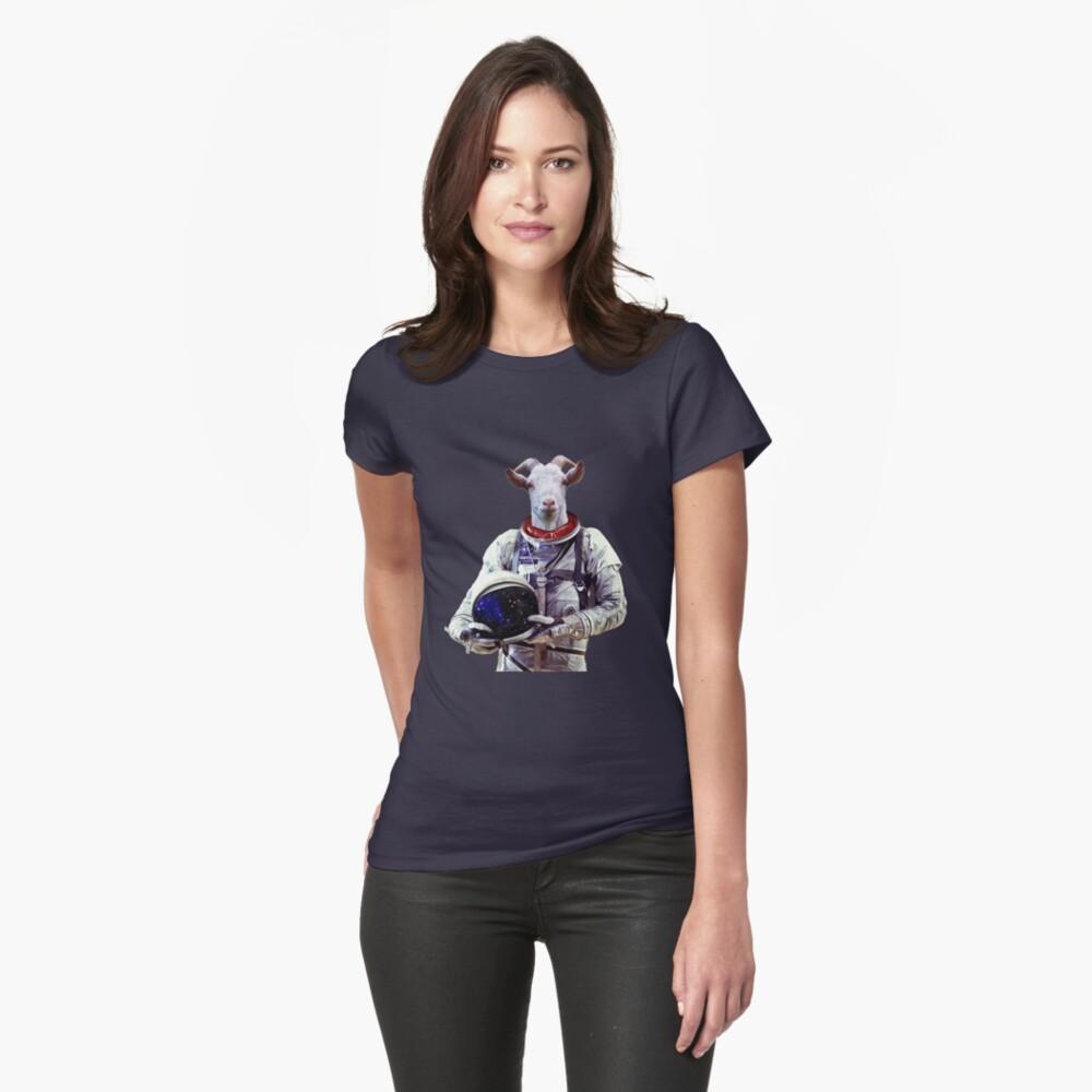 Ziege Astronaut im Weltraum Tailliertes T-Shirt