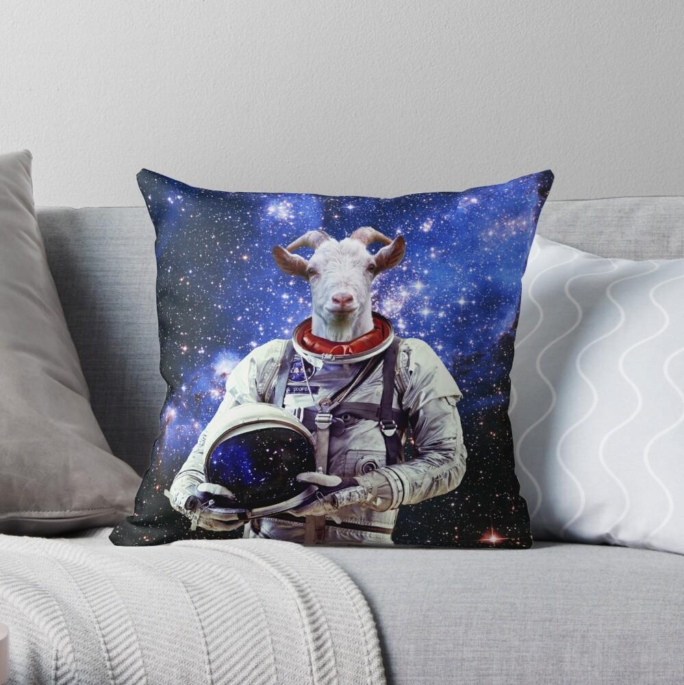 Ziege Astronaut im Weltraum Dekokissen