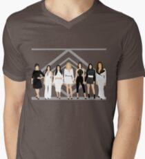 Kardashian / Jenner Frauen T-Shirt mit V-Ausschnitt